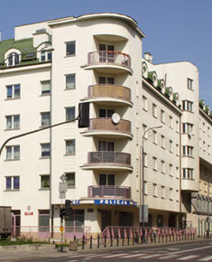 Multi-family residential building with a car park in ul. Ząbkowska 15/17/19/21/23 in Warsaw
